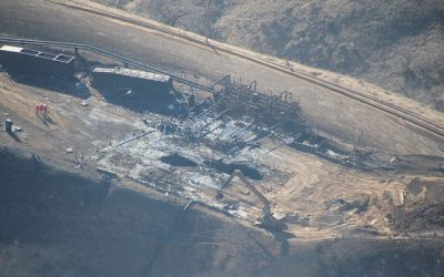 Aliso_Canyon_california_flickr_Earthworks_direct_overhead_photos_of_the_leaking_Aliso_Canyon_well_pad_that_was_polluting_Porter_Ranch_community_in_Los_Angeles_County