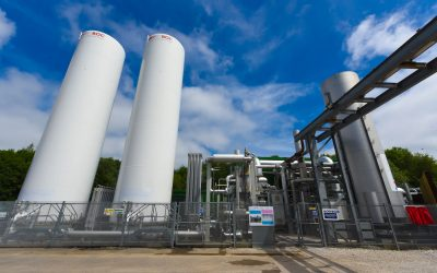 Highview Power's LAES technology uses readily-available components from existing industries to create large-scale long-duration energy storage systems. Image: Highview Power.