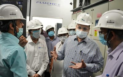 Delhi power minister Satyender Jain at the 10MW BESS facility, with local Assembly member Mohinder Goyal and Tata Power DDL's CEO Ganesh Srinivasan. Image: Tata Power DDL.