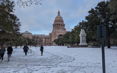Snow_covering_the_hill_leading_to_the_Texas_Capitol