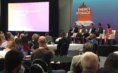 A panel discussion at the 2018 Energy Storage International event. Image: Andy Colthorpe / Solar Media